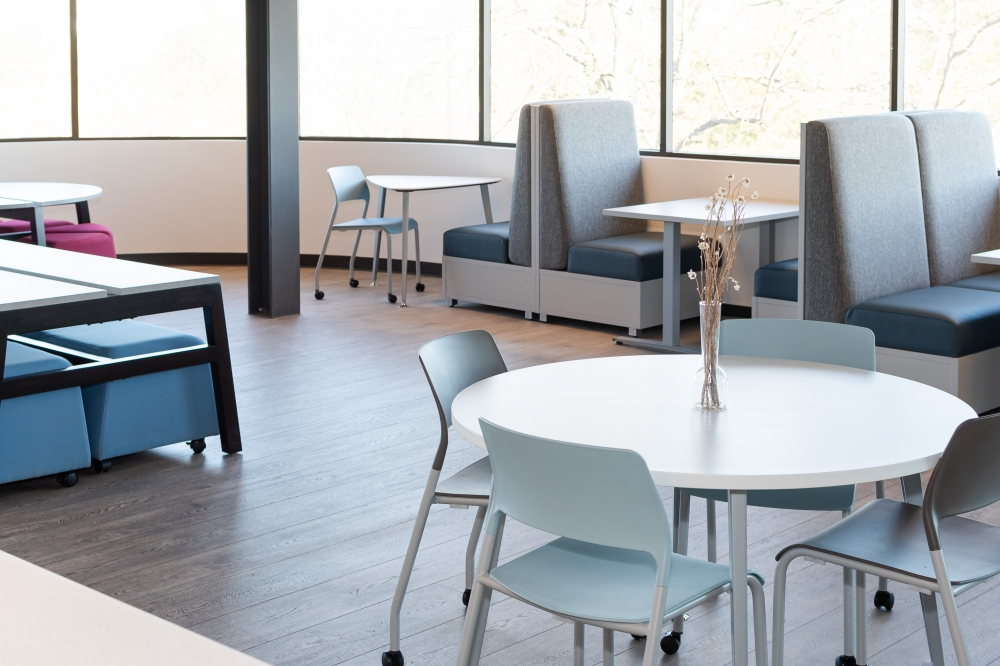 Day-to-Day Cafe Tables