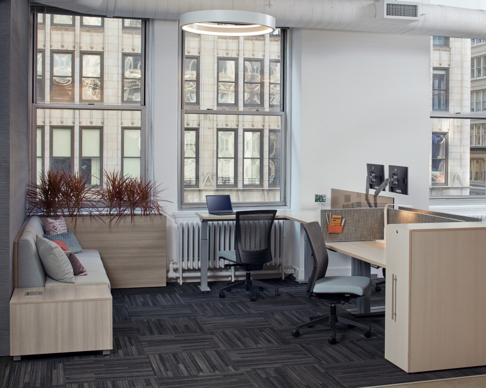 Aloft Workstation in New York Showroom