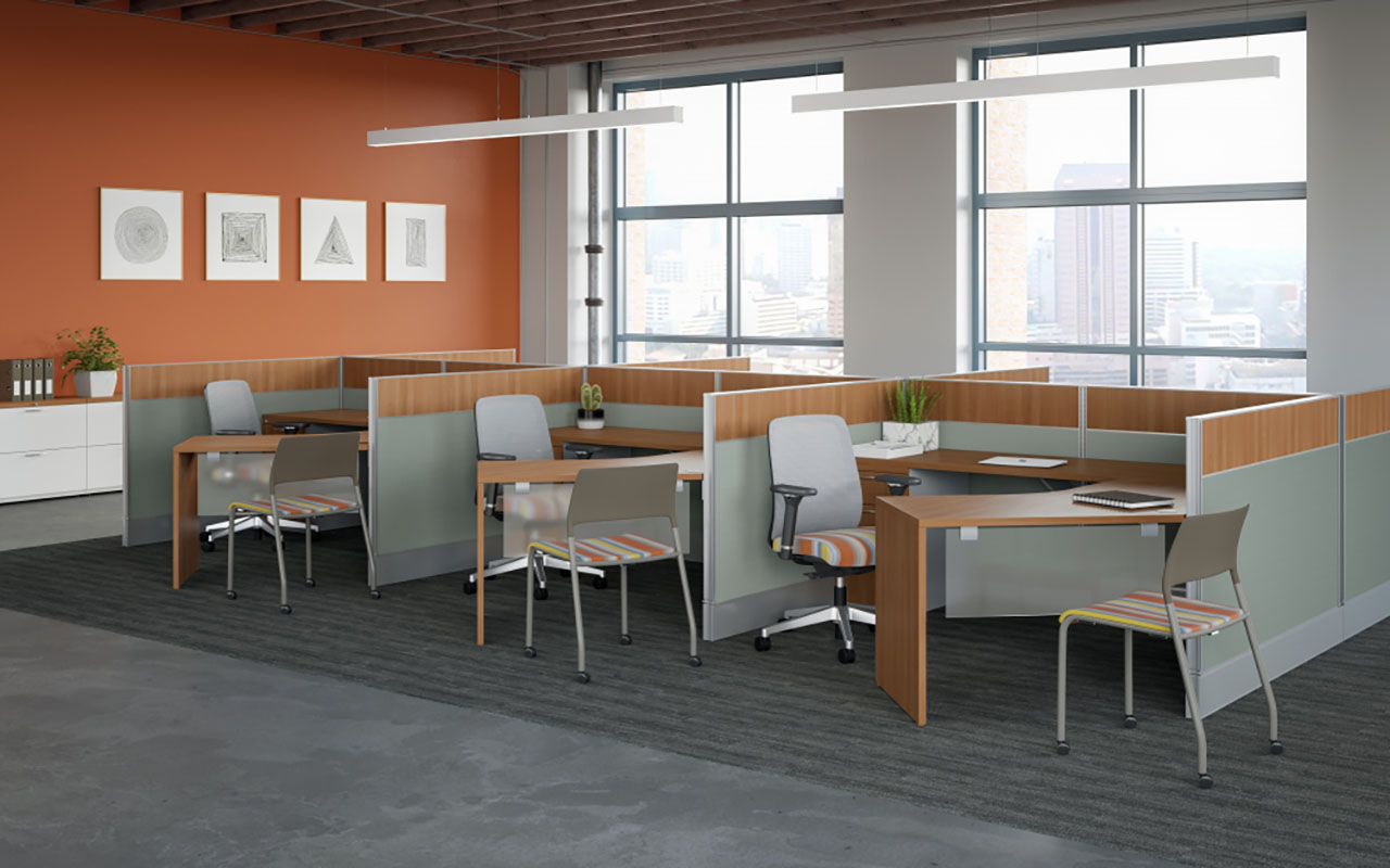 Divi open plan application with 120 worksurfaces